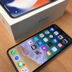 Apple-iPhone-X-64GB-